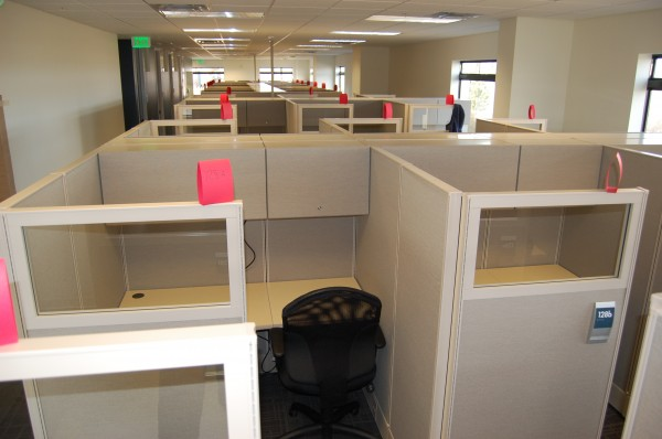 Used AIS DiVi 5×5 Workstations