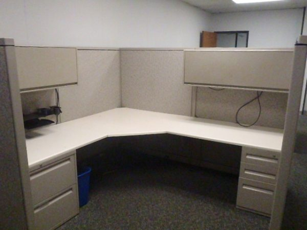 Used Steelcase Avenir 8×8 Cubicles in Dallas